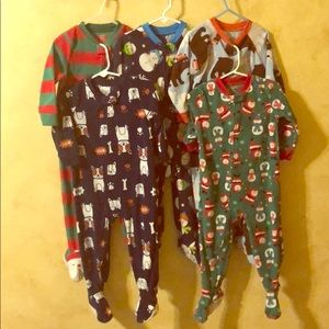 Lot of 5 fleece footed sleepers (24 months /2T)